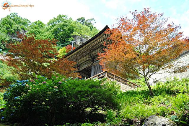 Tempio Yamadera con Momiji