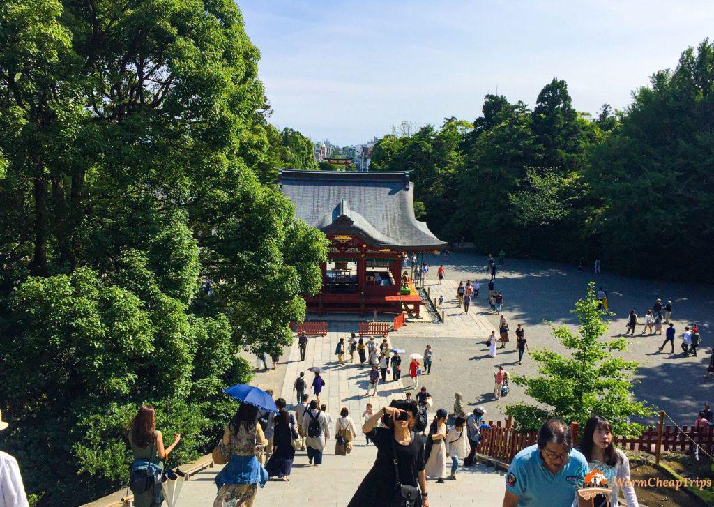 Cosa vedere a kamakura: visitare tsurugaoka Hachimangu